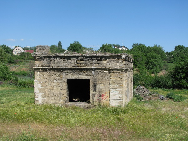 Колишня скважина (орієнтир - вул. Фонтанна,128)