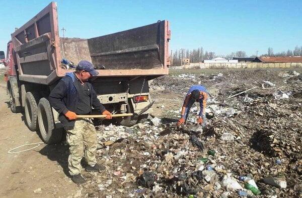 Прибирання зупинок, магістральних доріг та інше: про санітарне очищення Корабельного району за період з 1 по 5 квітня | Корабелов.ИНФО image 4