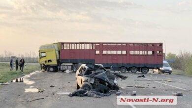 На Николаевщине лоб в лоб столкнулись фура и ВАЗ - погиб водитель | Корабелов.ИНФО image 2