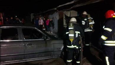 В гаражах Корабельного района горел «BMW»   Корабелов.ИНФО