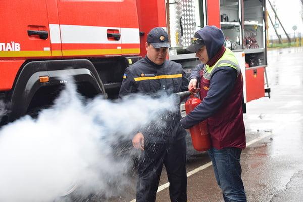 Photo of Співробітники пивзаводу в Корабельному районі тренувалися діяти під час пожежі