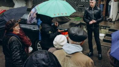 Свой день рождения нардеп Ильюк провел на выездных встречах во дворах с николаевцами | Корабелов.ИНФО image 1