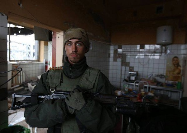 Photo of Врачи спасли жизнь николаевского десантника, получившего ранение в голову на Донбассе