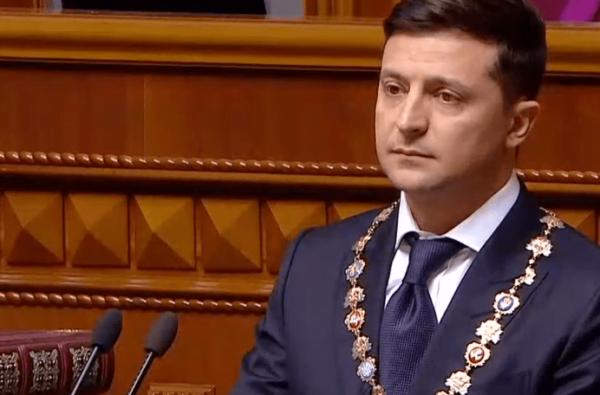 Зеленский распустил Верховную Раду и предложил Кабмину подать в отставку | Корабелов.ИНФО