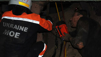 Рабочего придавило металлоконструкцией на предприятии в Николаеве – его освободили спасатели | Корабелов.ИНФО