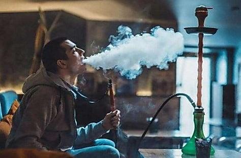 Photo of «Час курения кальяна наносит вред, как 100 выкуренных сигарет», — глава Минздрава Супрун
