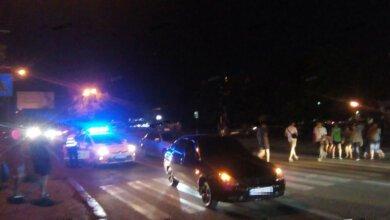 Photo of В Корабельном районе автомобиль сбил двух девушек – их госпитализировали