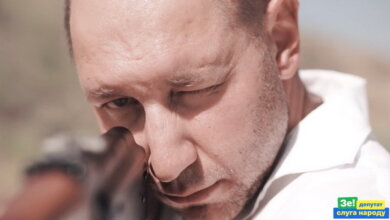 Photo of «Жаждете убивать? Начните с себя», — николаевец о ролике «слуги народа» Гайду с автоматом