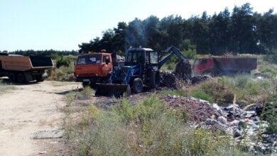 Photo of У Корабельному районі намагаються ліквідувати звалища сміття