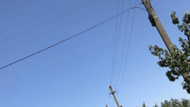 Photo of «То, что тут нет дороги, это одно», — жители Балабановки просят власть сделать хотя бы уличное освещение