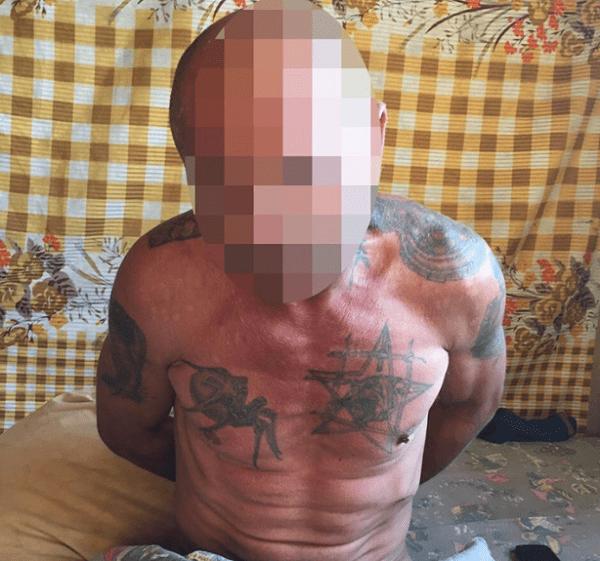 Photo of Злодей с элекрошокером  проник в квартиру к пенсионерке в Николаеве, связал её и ограбил