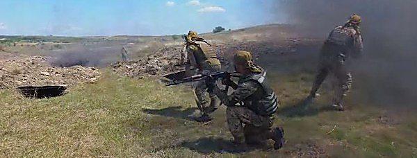 Photo of Боевики за сутки 13 раз обстреливали силы ООС – погиб украинский военнослужащий