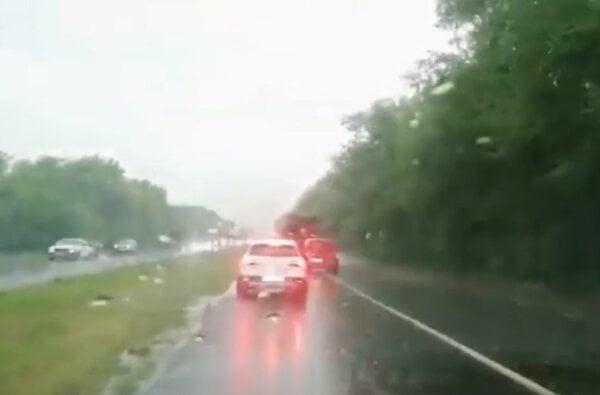 9 августа ливень затопил трассу и поля возле Николаева (видео) | Корабелов.ИНФО