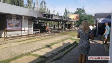 Ночью возле николаевского рынка «Колос» сгорел магазин (видео) | Корабелов.ИНФО