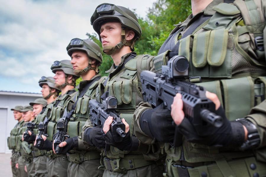 Photo of «Командир никого не отпускал», — николаевские нацгвардейцы требуют компенсацию за неиспользованные дни отпусков