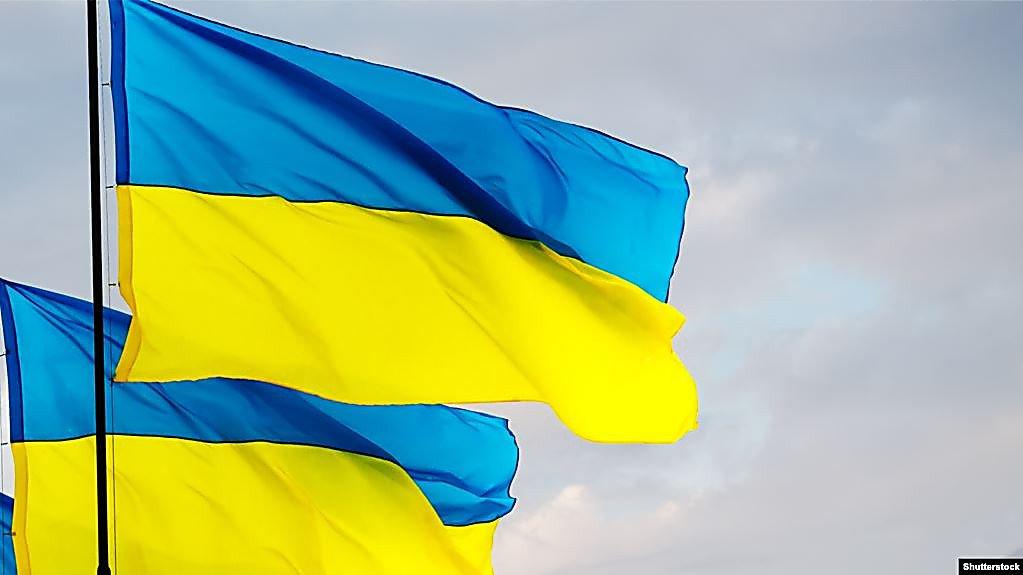 Photo of «Многие вынуждены прятать наш флаг под подушкой», — Президент Зеленский предложил украинцам флешмоб (видео)