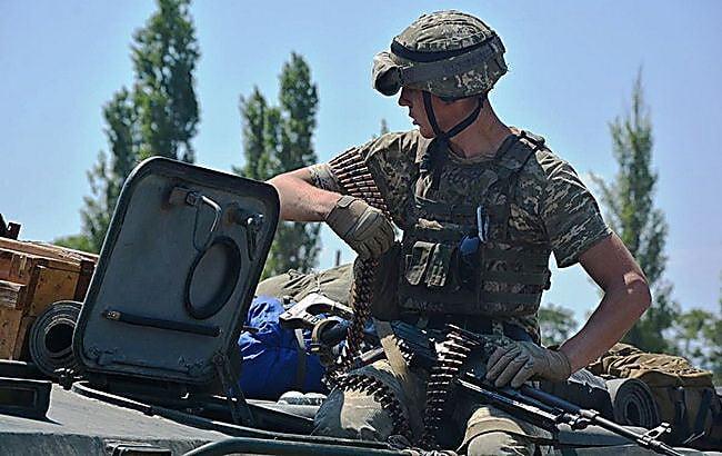Photo of На Донбассе боевики РФ обстреляли позиции ВСУ: 25 августа один погиб, трое военнослужащих ранены