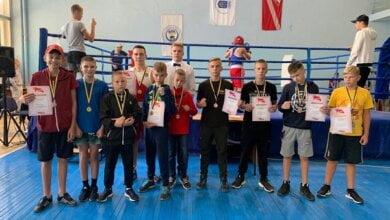 Photo of Два чемпіонати – десятки перемог: боксери Корабельного району вдало розпочали змагальний сезон