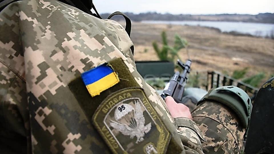 Photo of На Донбассе под обстрелами российских боевиков 3 сентября пострадали четверо украинских военнослужащих
