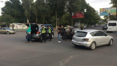 Блондинка на Mitsubishi протаранила «Жигули» на проспекте Богоявленском | Корабелов.ИНФО