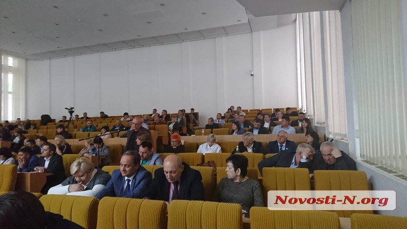 Photo of «Выйдите отсюда! Времена вашего политикума закончились», — губернатор Николаевщины «сорвался» на депутатов