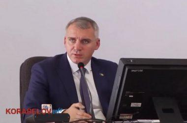 Сенкевич заставлял николаевца, выступавшего на сессии горсовета, говорить на украинском языке (ВИДЕО)   Корабелов.ИНФО