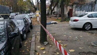 Photo of В Николаеве водитель «Лексуса» умер за рулем и врезался в два автомобиля