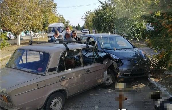 Photo of В селе Лиманы ВАЗ, двигаясь по встречной полосе, врезался в «Ниссан»