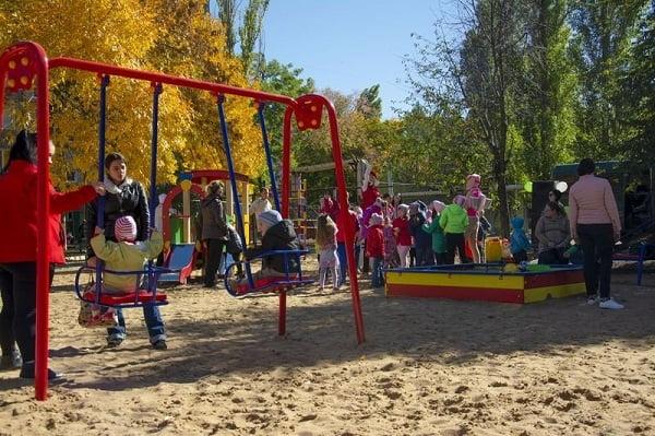 Photo of «Чего-то не хватает» чиновникам в Николаеве: для «ухода» за детскими площадками они создадут новое коммунальное предприятие