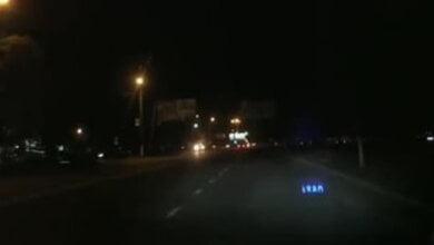 Photo of «Сколько людей должно погибнуть?» — николаевцы просят убрать закрывающий свет билборд от опасного пешеходного перехода