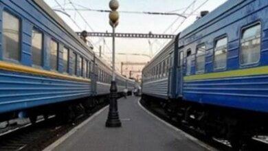 Photo of В Николаеве пьяный мужчина подрался с проводником и задержал поезд на 42 минуты