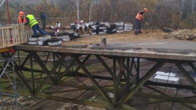 """""""Мы реально наводим мосты в мирном процессе"""", - на заводе """"Океан"""" работали в три смены, чтобы закончить конструкции для моста на Луганщине   Корабелов.ИНФО"""