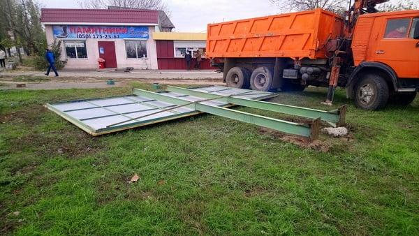 Photo of Адміністрація Корабельного району прозвітувала про демонтаж білборда та кіоску «Ремонт взуття»