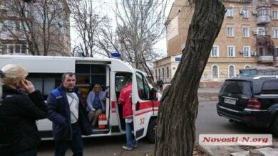 В Николаеве средь бела дня должники жестоко избили мужчину   Корабелов.ИНФО