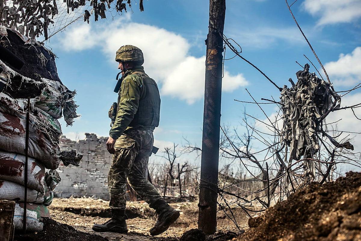 Photo of Штаб ООС: Боевики 14 раз за сутки 3 ноября нарушили режим тишины, один украинский военный ранен