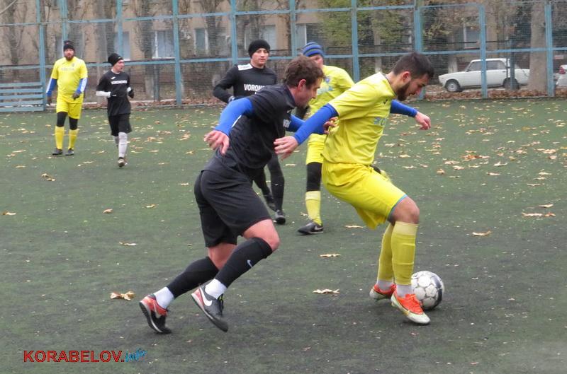 Photo of Атаки за атаками: на футбольному полі зійшлися «Вороновка» та «Ольвія» (фото)