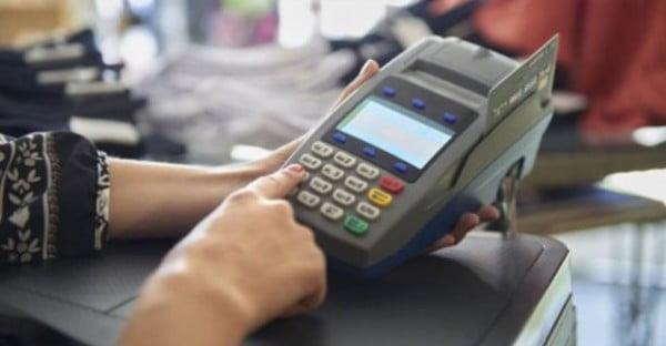 Photo of ФОПов 3-й группы обяжут регистрировать безналичный расчет через терминалы, — глава налоговой