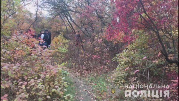 Photo of В лесополосе на Одесчине нашли убитой 14-летнюю девочку, которая ушла гулять с друзьями и пропала