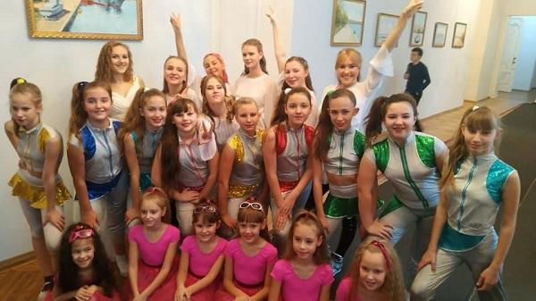 Photo of Талановита молодь з Корабельного району міста Миколаєва гідно виступила на регіональному фестивалі «Art family»