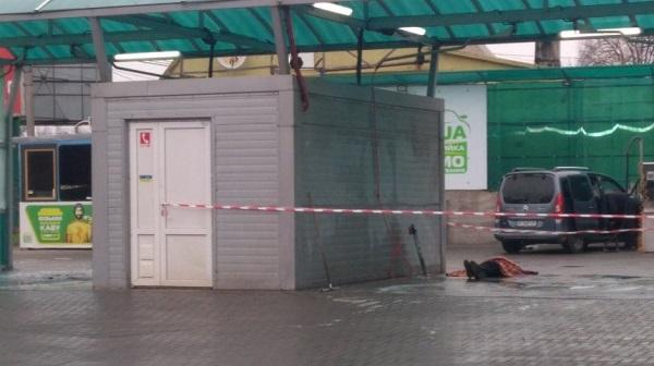 Photo of На мойке самообслуживания в Николаеве посетители обнаружили труп работника