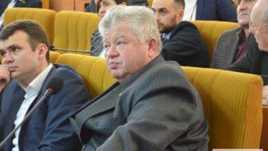 Photo of Депутат обвинил коллег в поджоге своего автомобиля на даче возле села Лупарево