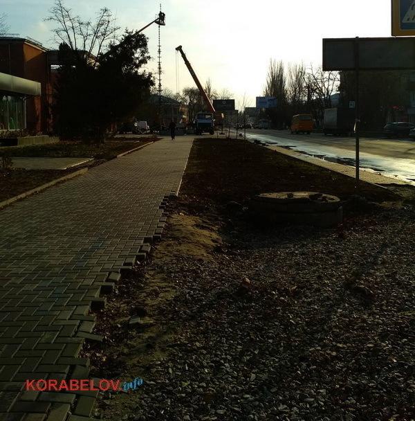 """новый тротуар возле ДК """"Корабельный"""""""