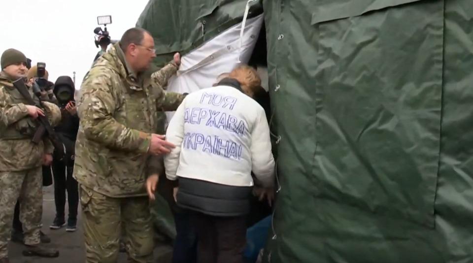 Photo of Первые списки обмена пленными: не все согласились быть переданными террористам