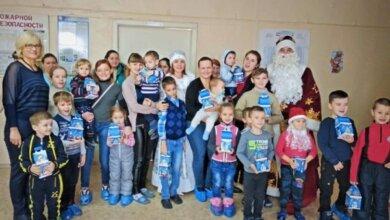 Photo of Новорічне свято завітало і до дитячого відділення лікарні в Корабельному районі