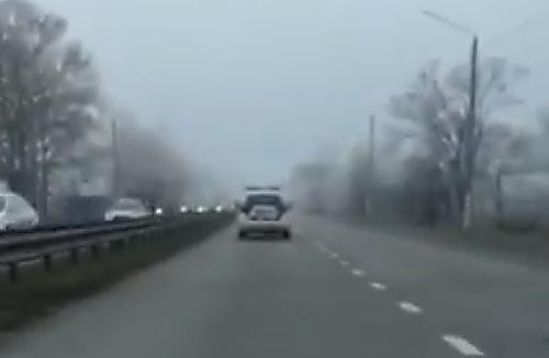 Photo of Видео нарушения: николаевские патрульные «гоняют» по проспекту Богоявленскому