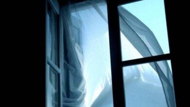 Разбился из-за уроков? в Корабельном районе из окна многоэтажки бросился 11-летний мальчик   Корабелов.ИНФО