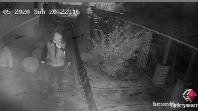 В Корабельном районе Николаева двое «домушников» в балаклавах обокрали частный дом (Фото) | Корабелов.ИНФО image 2