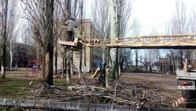 Photo of У Корабельному прибирали опале листя та сміття