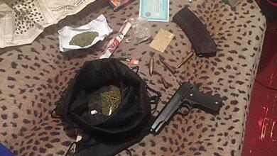 Photo of В Николаеве задержали наркоторговцев, работающих под прикрытием патрульного