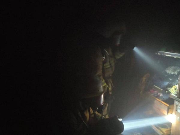 Photo of В Корабельном районе спасатели оперативно потушили пожар в летней кухне